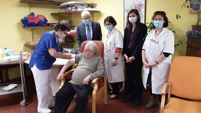 Campagne de vaccination contre la Covid-19 dans les sites EHPAD et USLD