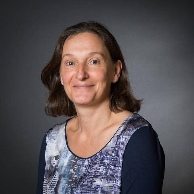 Mme Nathalie DEBRAY - Cadre de santé formateur